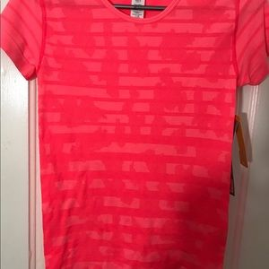 NWT Women's New Balance Dry Fit Top XS